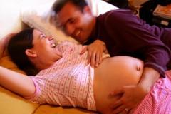 pregnant-in-bed2.jpg